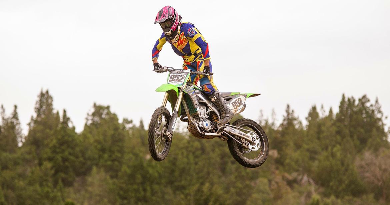 Jose Felipe leva a Pro Tork ao pódio do Latino-Americano de Motocross