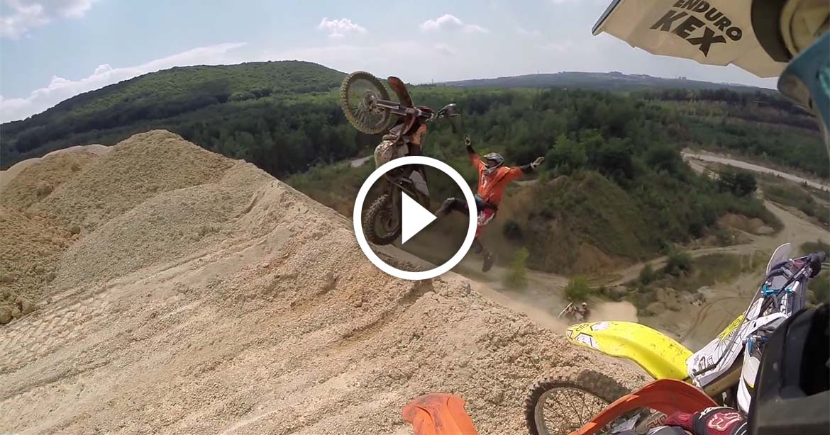 enduro crash test